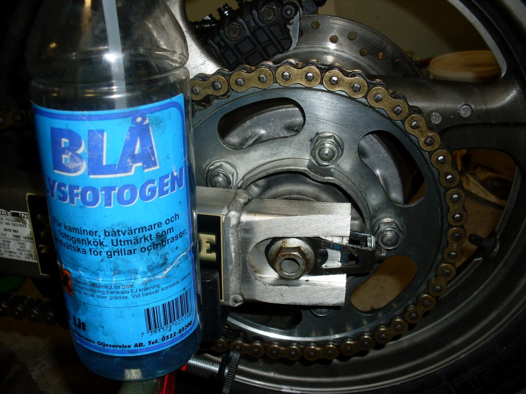 Rear sprocket cleaned with lampoil a paraffin not smokey for indoor use