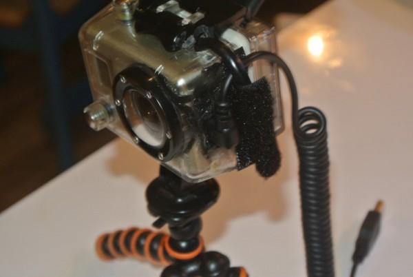 Lödde dit en kraftigare kabel då det var glapp i den förra